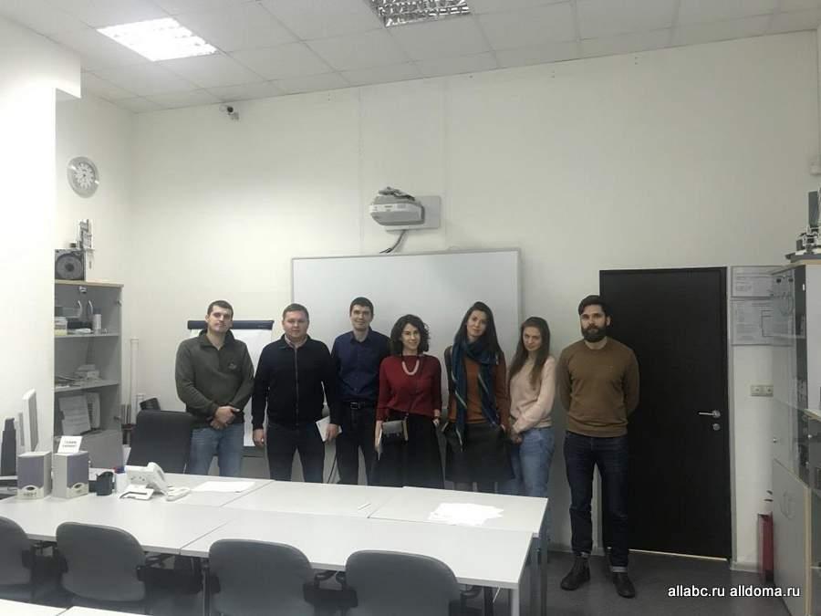 в обучающем центре REHAU вновь прошел семинар для партнеров и экспертов рынка, на этот раз – для представителей строительной компании «А101»